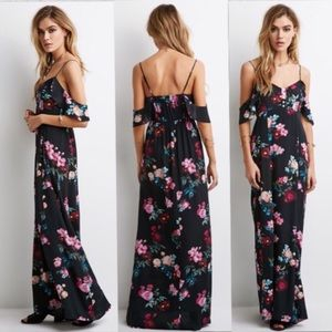 Bohemian off the shoulder maxi printed dress