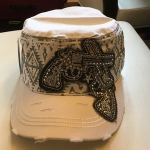 Kbethos Accessories - Kbethos White pistols Aztec Embroidery Tribal Hat.