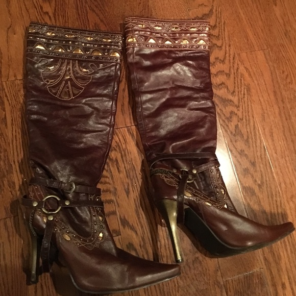 72 dollhouse shoes boots from kert s closet on poshmark