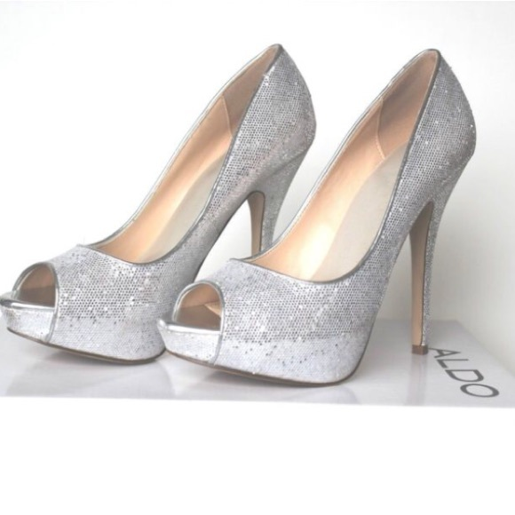 ff6ee92a5a5 ALDO Shoes - ALDO • Glitter Peep Toe Pumps