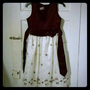 Dresses & Skirts - Girls dresd