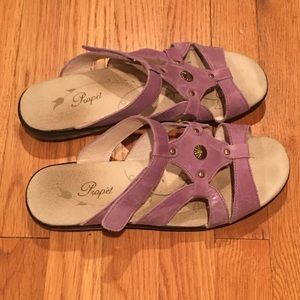 Propet Shoes - Propet orchid leather sandals - 10 Med/ Wide- EUC