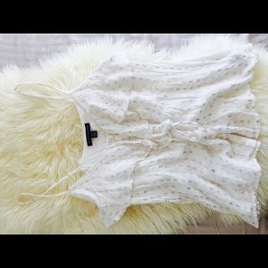 White/gold AE blouse