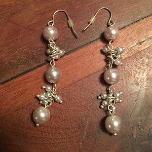 Sliver Pearl Like earrings