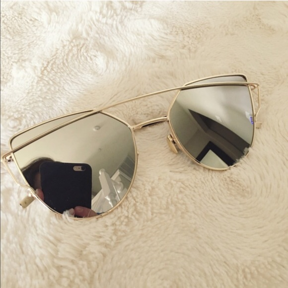 92c3fca6ddcad ✨SALE✨ Silver   Gold Reflective Winged Sunglasses