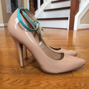 Tan Heels w/ Turquoise Strap