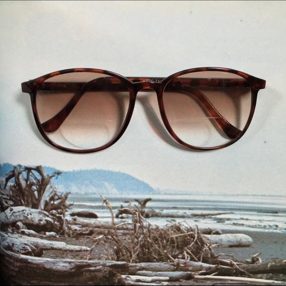 50bf14c8e0 Vintage Nine West Tinted Glasses. M 57360a452de5125c3002c93a