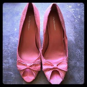 Shoes - Pink/polka dot open toe vintage style heels