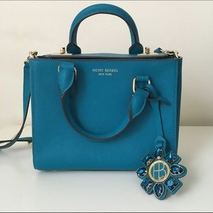 henri bendel Handbags - Henri Bendel Turquoise Crossbody Bag