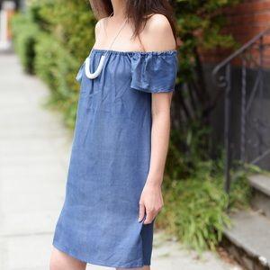 Atid Clothing Dresses - LAST ONE! ✨ Atid Carmine Off the Shoulder Dress