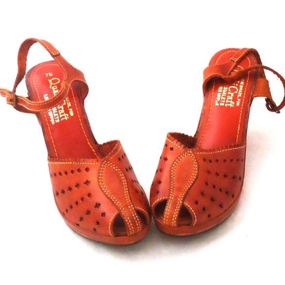 b5214a8892f8 70s Clog Platform Sandals Wood Wedge Leather Shoes