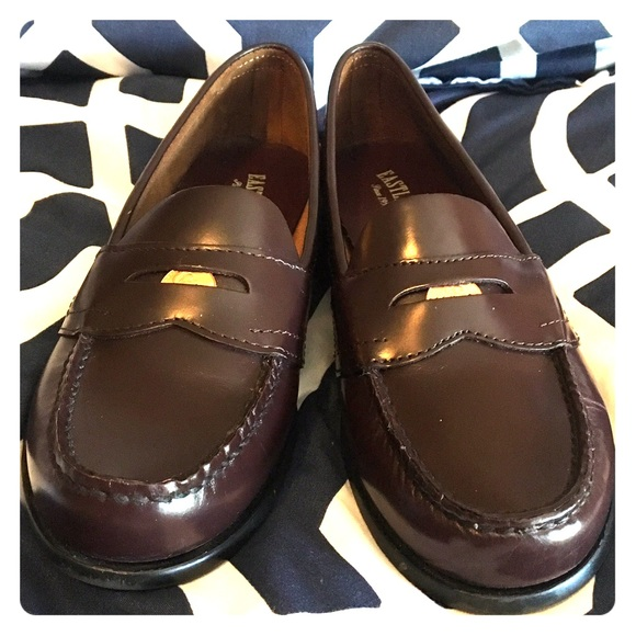 b887321e3b2 Eastland Shoes - Penny loafers. CLASSIC. Dark brown. 8.5 Narrow.