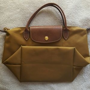 Long Elegant Legs Handbags - Longchamp