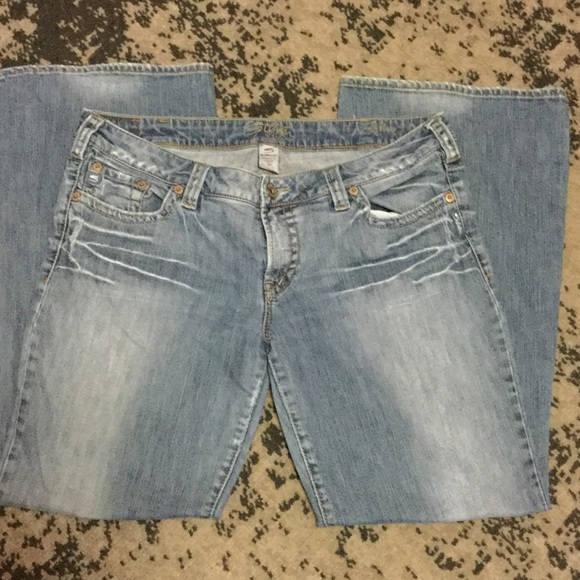 Silver Jeans - Silver Aiko Jeans Size 36 from Claudia's closet on ...