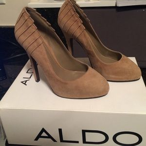 ALDO Shoes - Price firm Aldo suede tan Botkins pumps