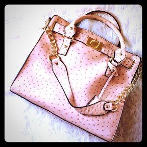 JustFab Handbags - Ostrich texture Purse NWOT