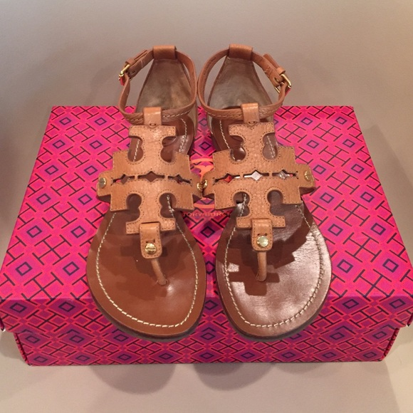 39238f617 ... where can i buy tory burch phoebe flat thong sandal sz. 6.5 d0715 11e94