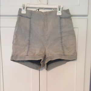 Urban Outfitters Jean High Waisted shorts