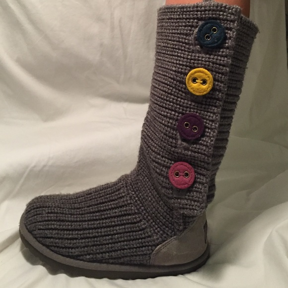 048c85266be GIRLS SIZE 4 GRAY CARDY UGGS WITH RAINBOW BUTTONS