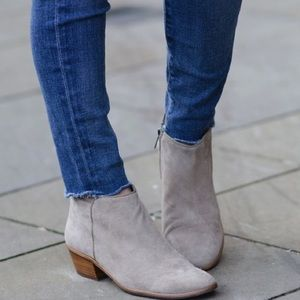 SAM EDELMAN Petty Booties