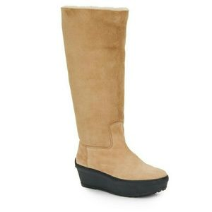 Tod's Shoes - Tods furry boots 40