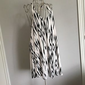 NWOT H&M Black and Off-White Dress