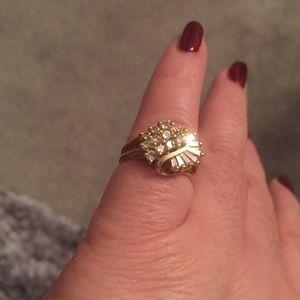 Jewelry - 🎀 SALE 🎀Diamond Ring 14 KT Gold - FINAL PRICE