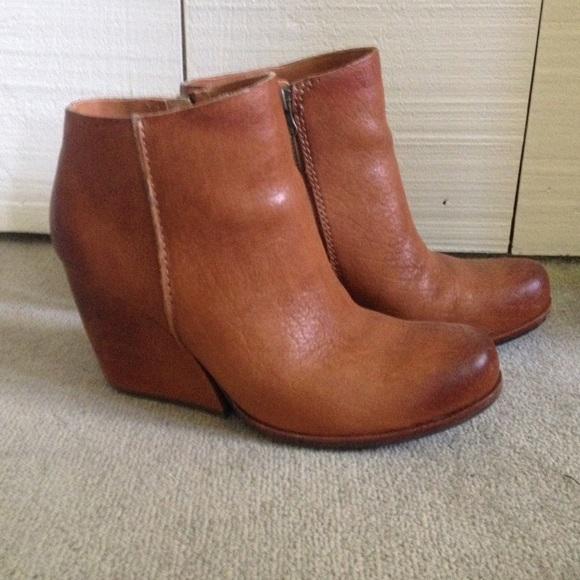 381036cfefa0 Kork-ease Shoes - Korkease Natalya wedge bootie