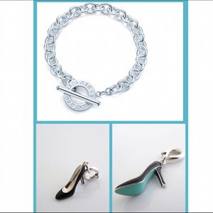 Tiffany & Co. Jewelry - {Tiffany & Co} Toggle Bracelet with Shoe Carm