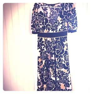 Floral dress , barely used , in great condition