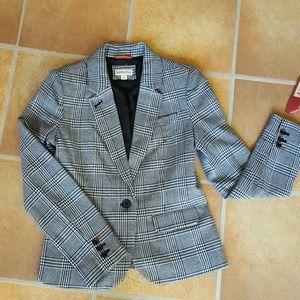 NWT Black and white blazer