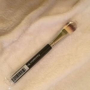 Brand New In Plastic Younique Foundation Brush