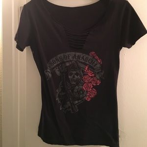 Sons of Anarchy top with roses