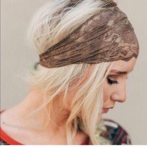 Wise Scalloped Mocha Lace Headband