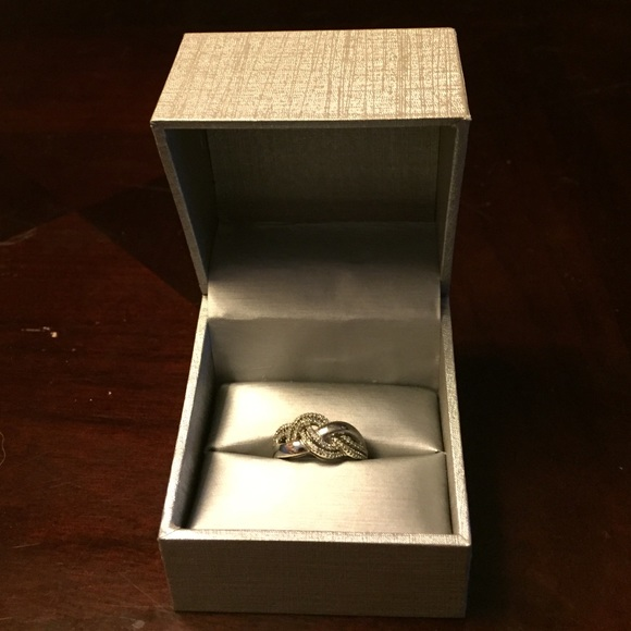80 off Zales Jewelry Sale Now Real Silver Infinity Ring W Box Size