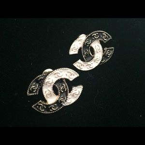 Chanel Black white designer logo earrings jewelry