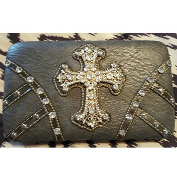 rustic Couture Handbags - ✨✨Bling Rustic Clutch✨✨