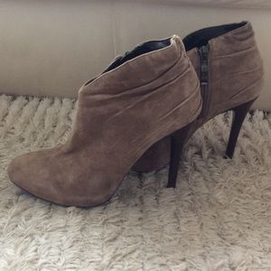 Guess by Marciano Shoes - Suede ankle boots