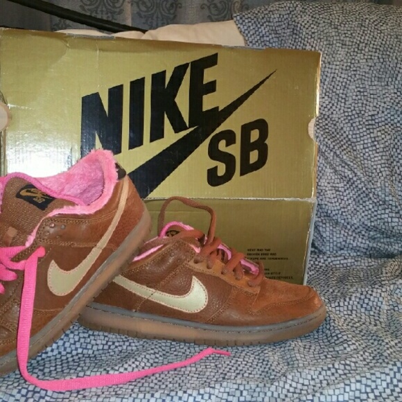 cheap for discount 137af 122c2 Nike SB Dunk Gibson. M5737e055620ff7613501409d