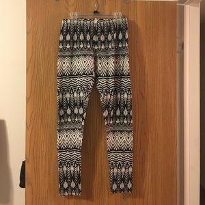 Pants - Aztec leggings