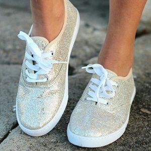 Shoes - Gold sneakers - 10