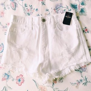 Hollister Pants - White HCO shorts size 24 new w/ tag