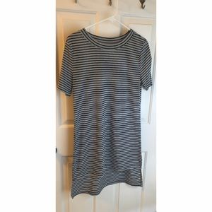 High low grey and black striped tshirt dress