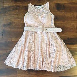 Aniina Dresses & Skirts - Light pink lace dress