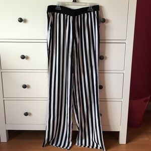 Forever 21 Pants - Brand new striped pants