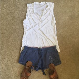 American eagle blue shorts with pockets