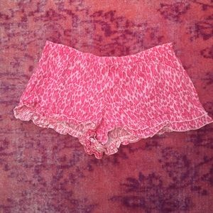 Pink Cheetah Sleeping shorts sz L