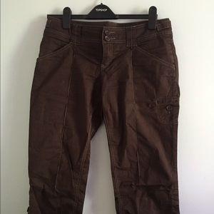 Anthropologie Sitwell Capri brown pants Sz 6 cute!