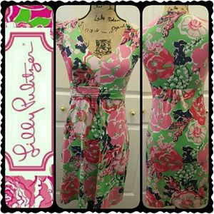 Lilly Pulitzer Dresses & Skirts - Lilly Pulitzer Floral Dress