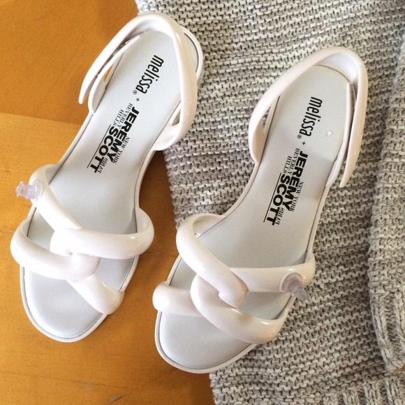 dd306206bcfa Melissa x Jeremy Scott white tube sandals